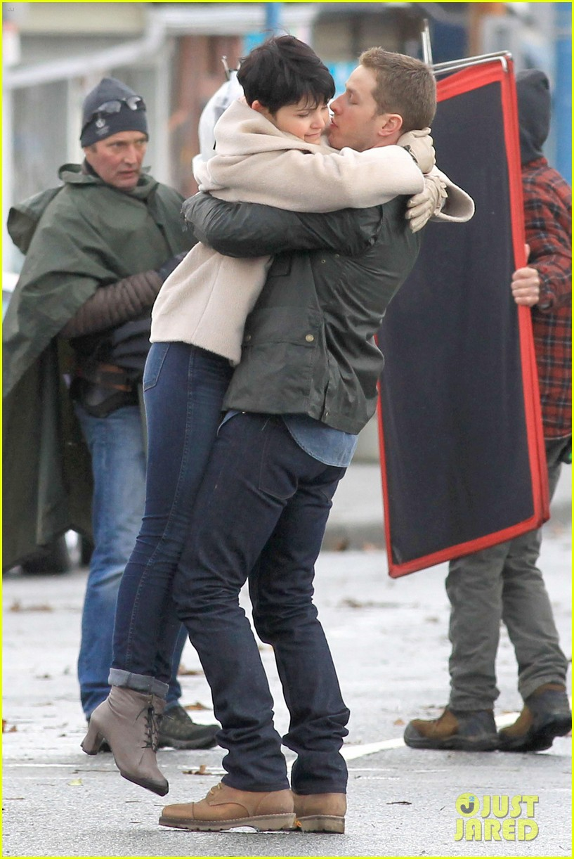 ginnifer josh on set 15
