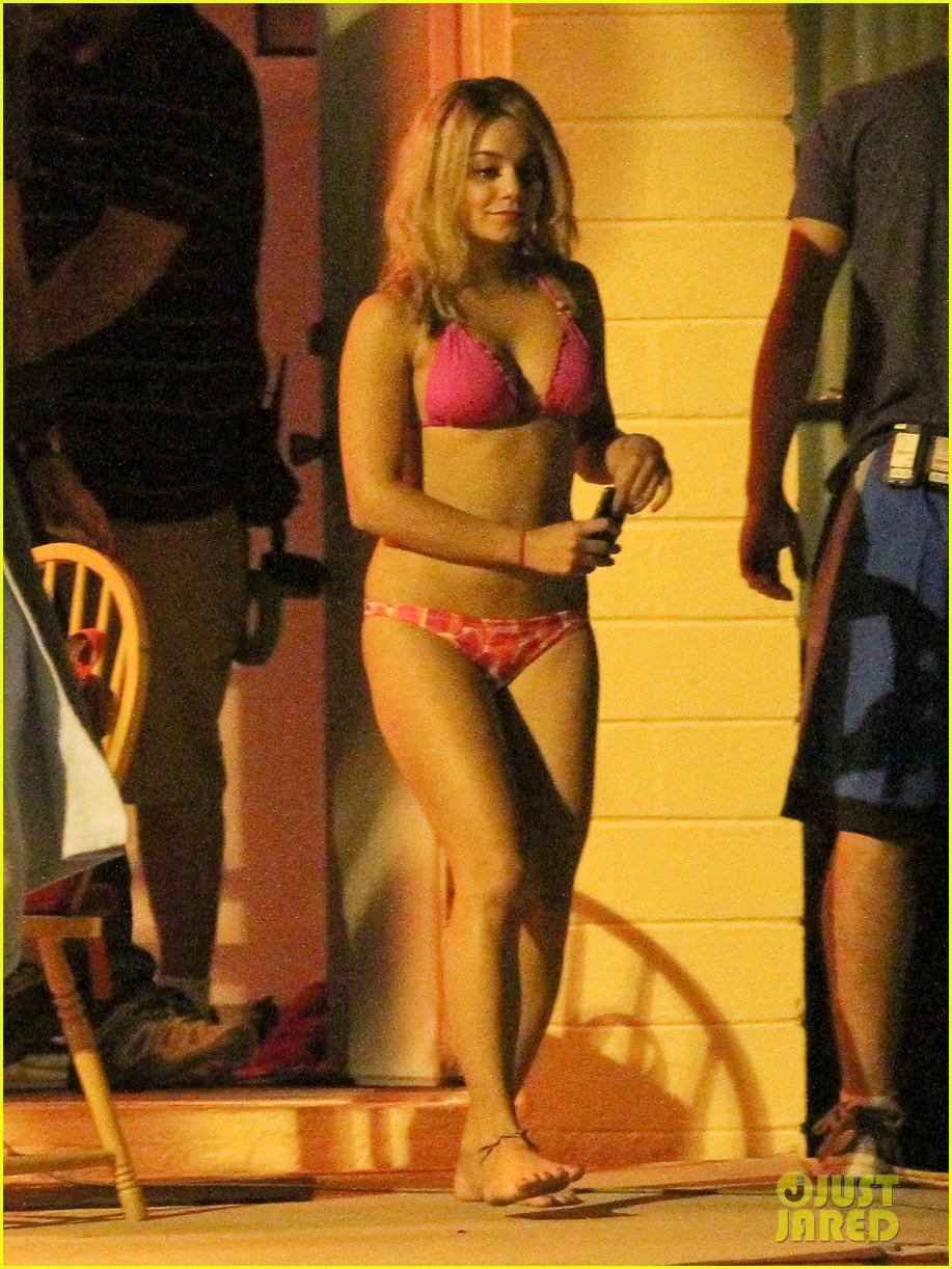 vanessa hudgens pink bikini 022639239