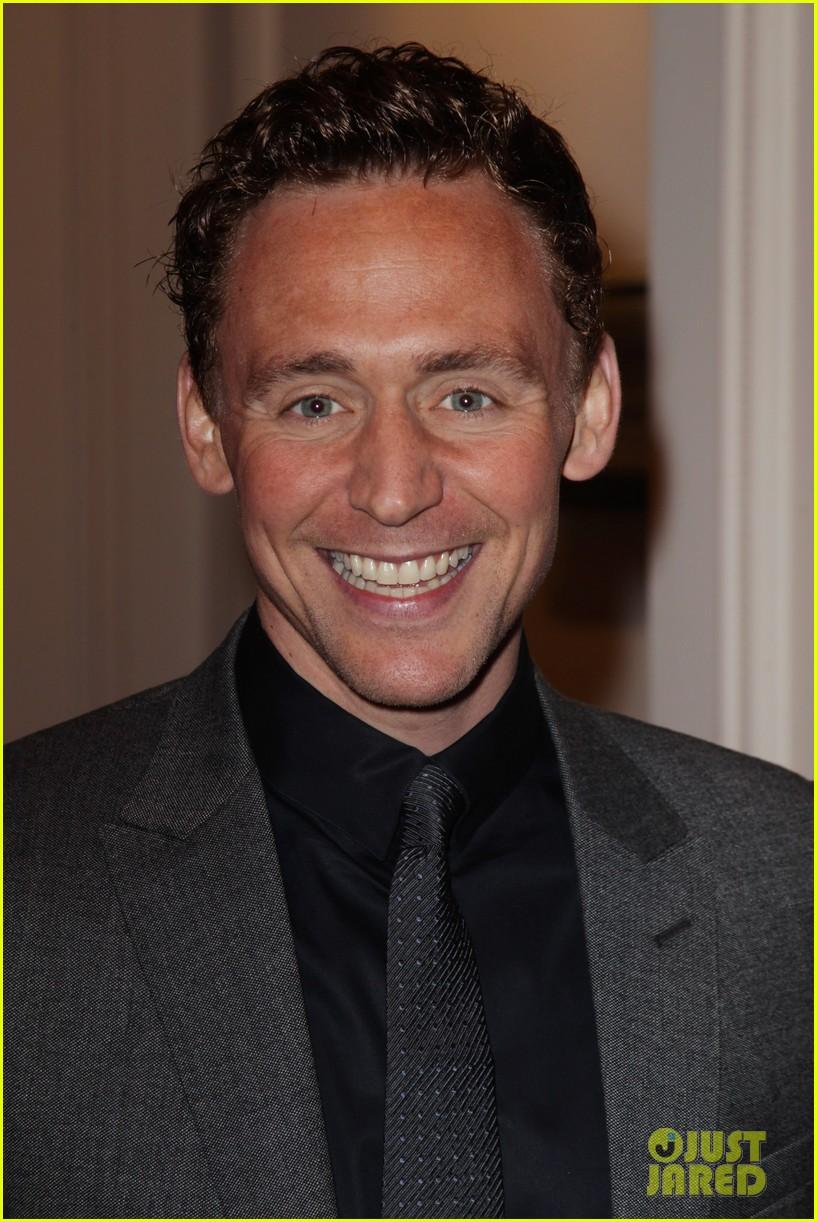 jeremy irvine tom hiddleston empire awards 08