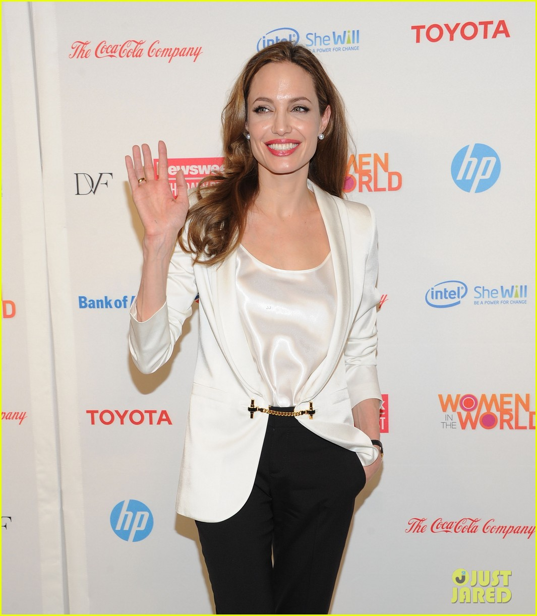 angelina jolie women summit 03
