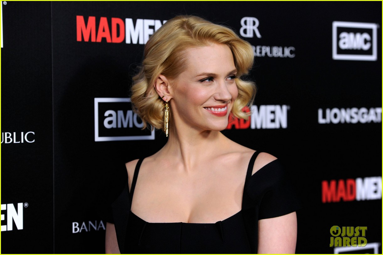 january jones jon hamm mad men premiere 062639063