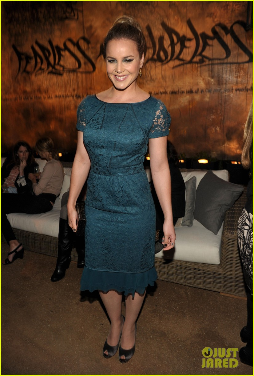 milla jovovich abbie cornish restoration hardware 072641400