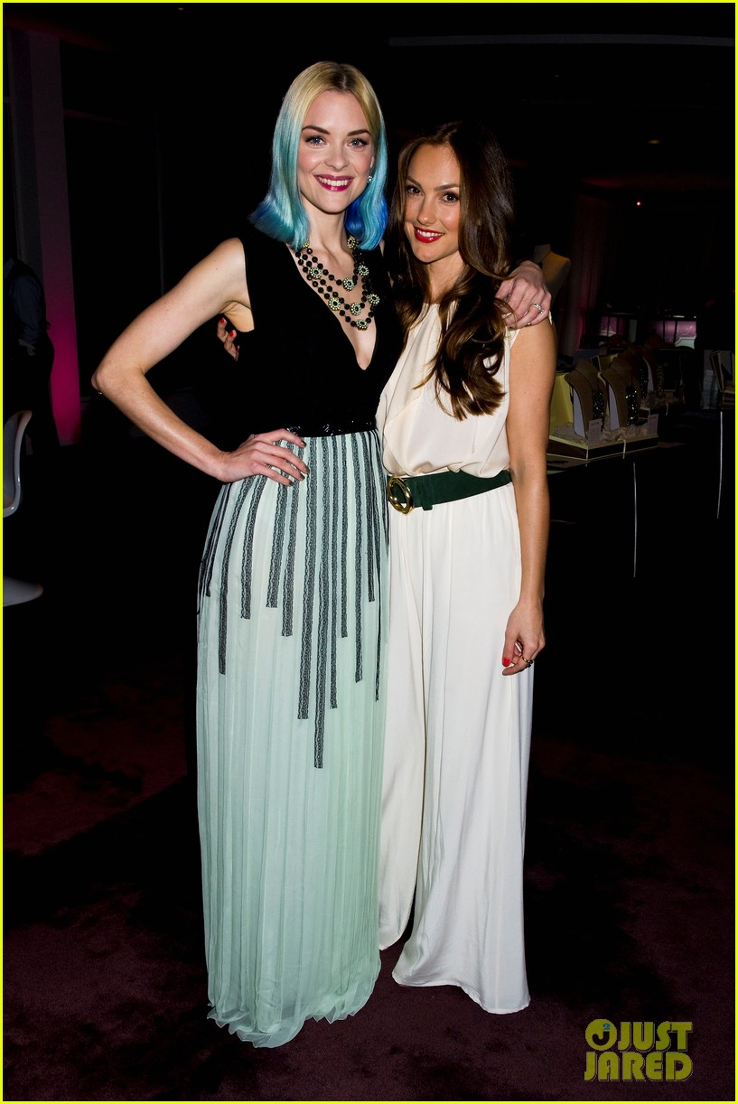 jaime king minka kelly stand up 2 cancer 01