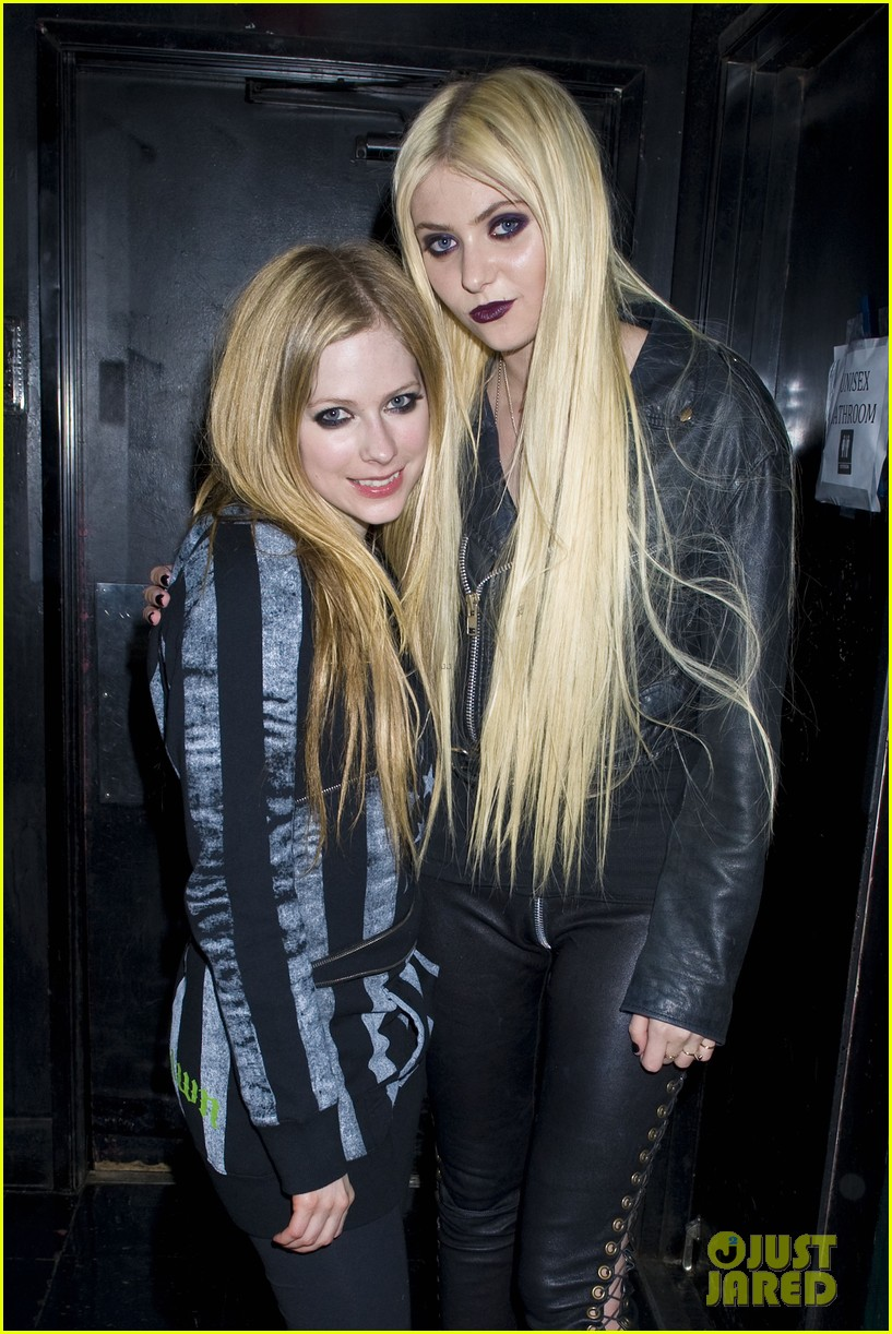 avril lavigne abbey dawn launch party 02