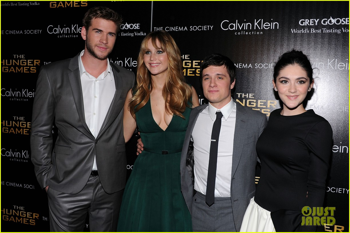 jennifer lawrence liam hemsworth josh hutcherson nyc screening 05