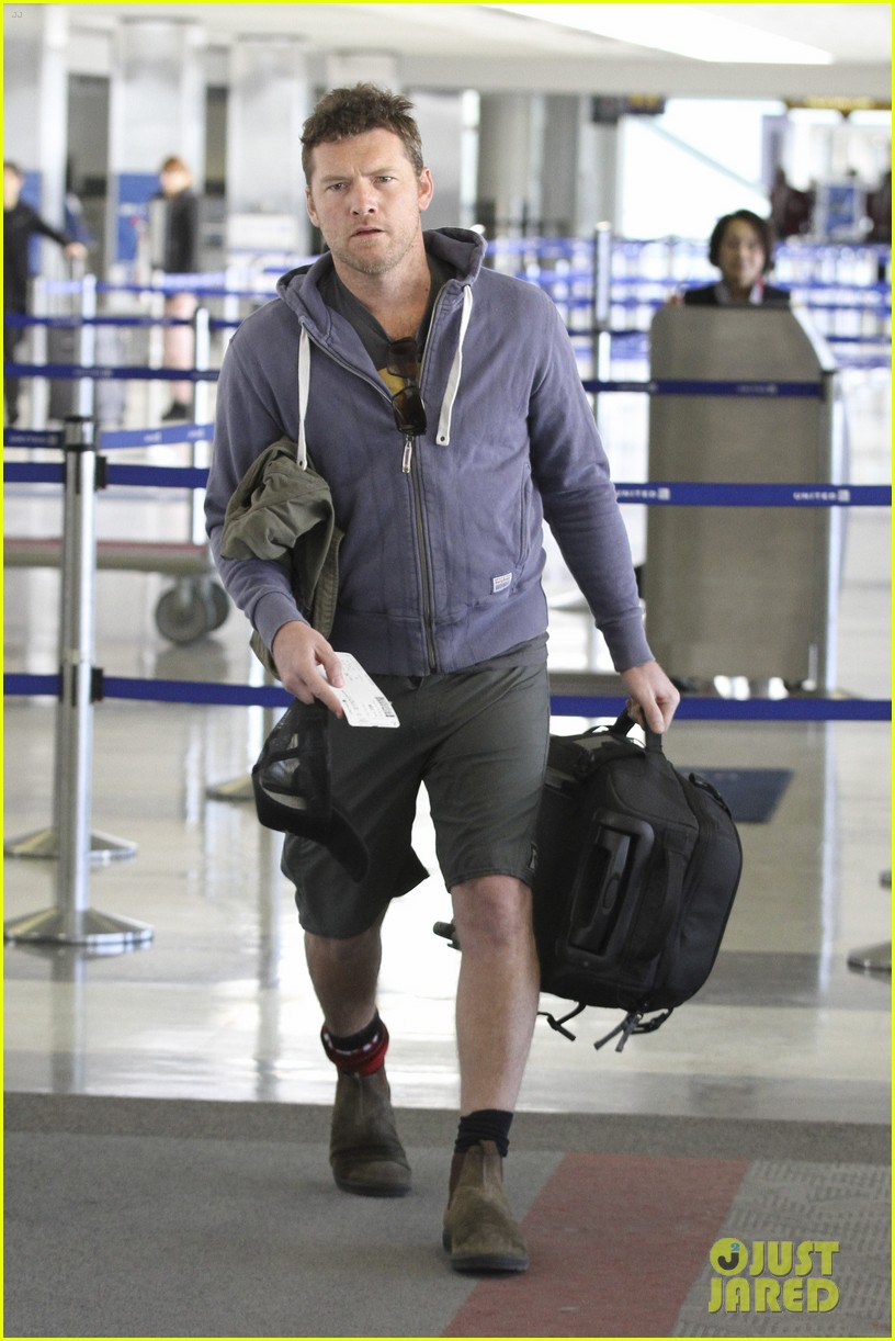 sam worthington lax flight 01