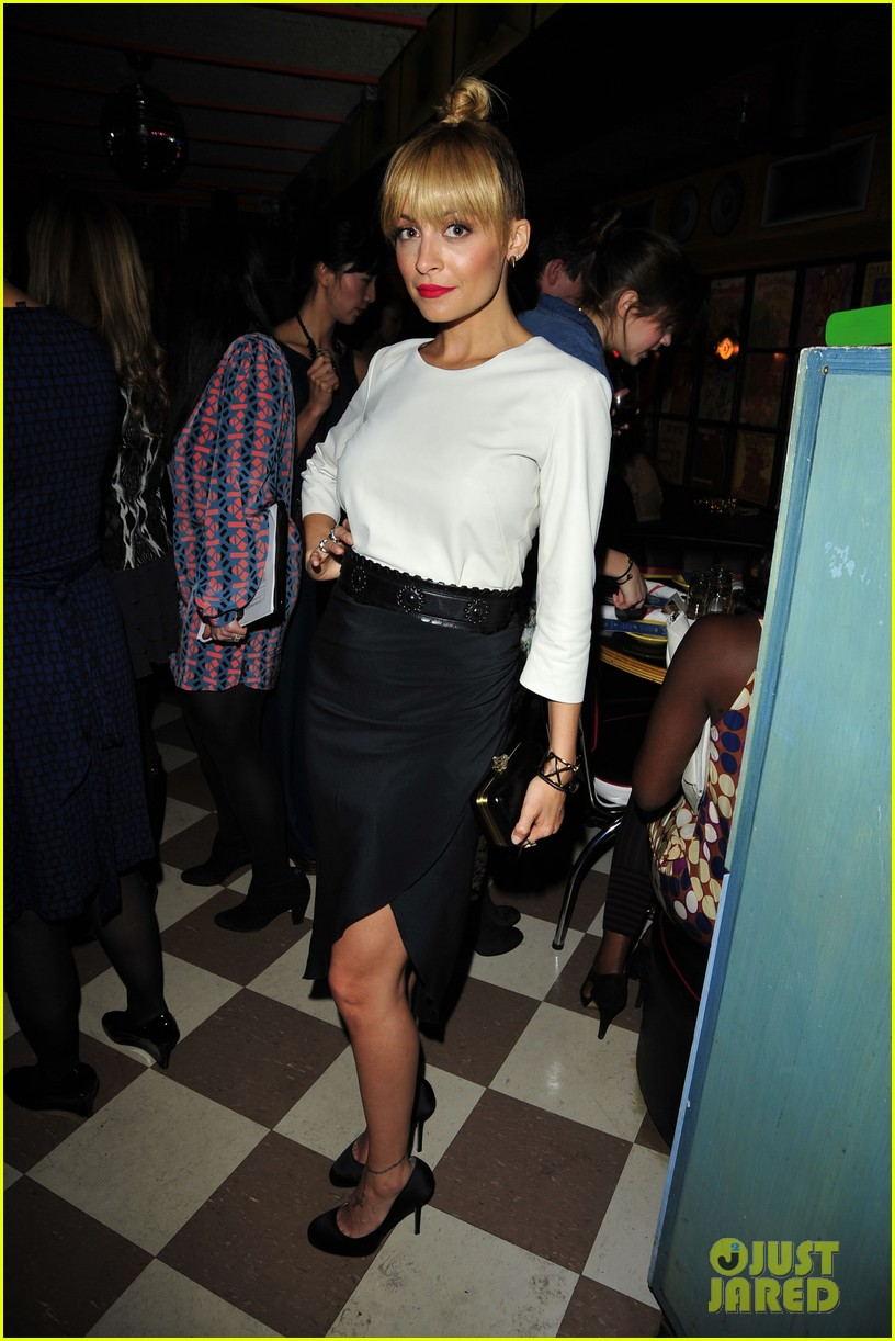 nicole richie fashion star premiere party 02