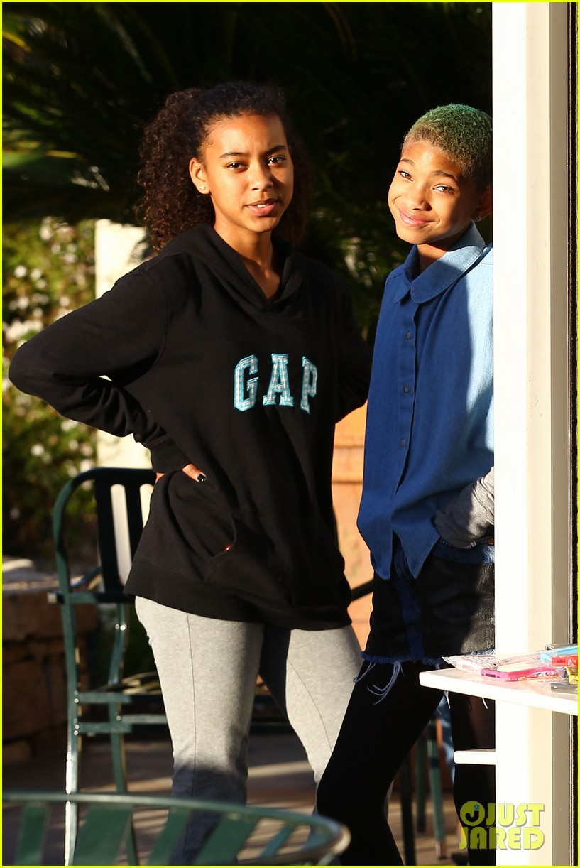 willow smith commons at calabasas trip 112640871