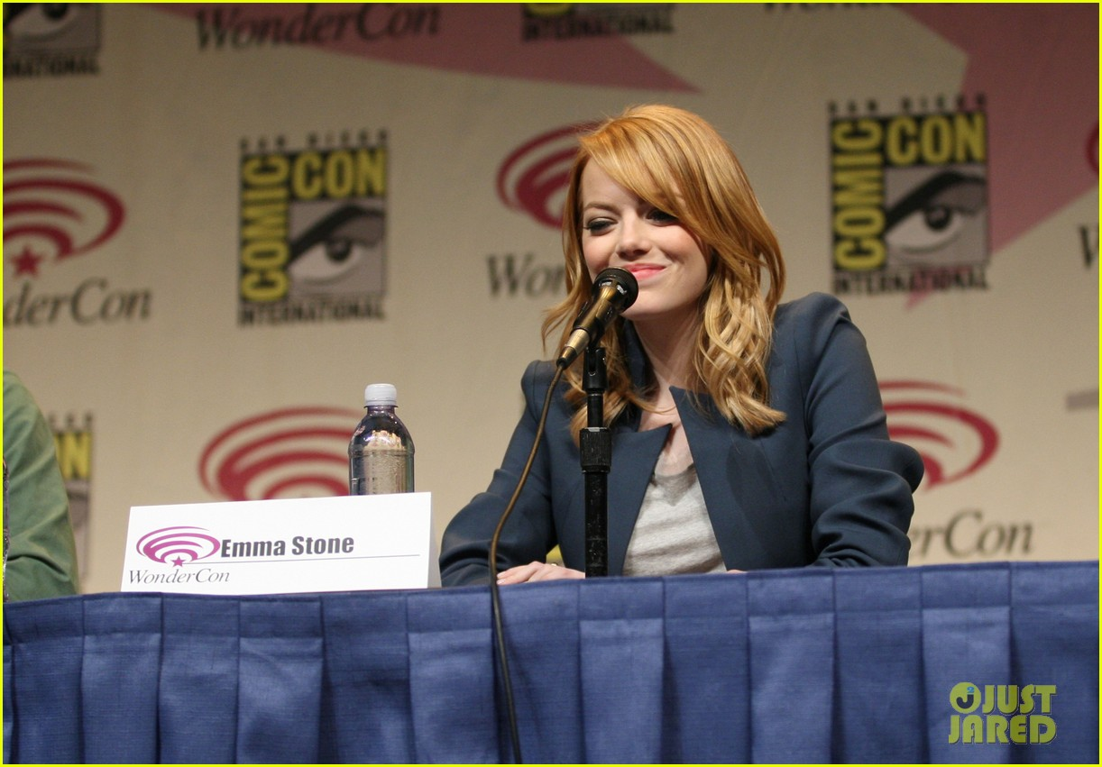 emma stone amazing spider man wondercon 05