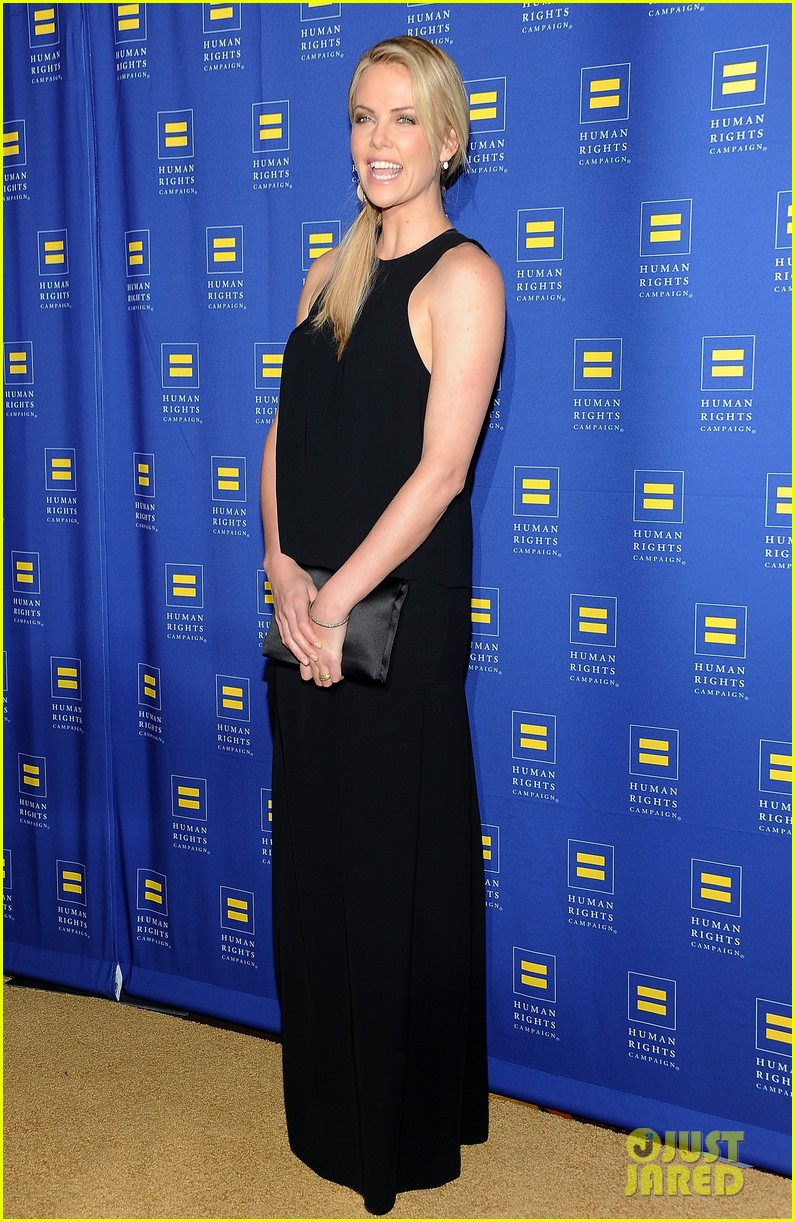 charlize theron hrc los angeles gala 072640027