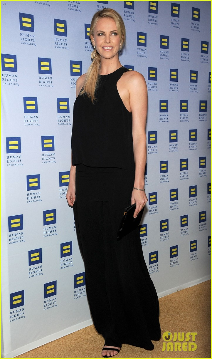 charlize theron hrc los angeles gala 10