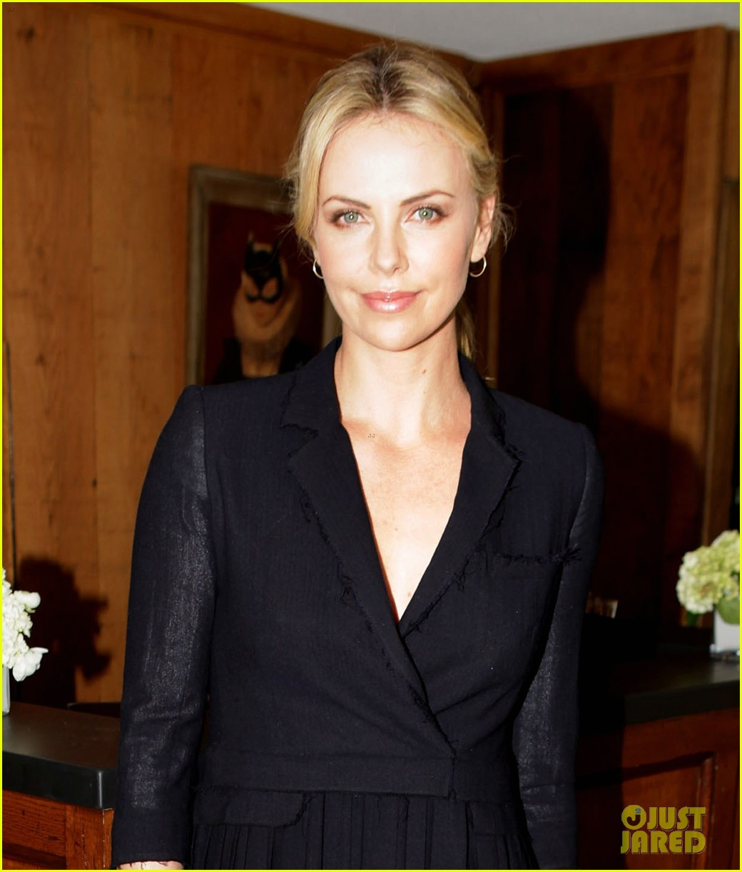 charlize theron thr luncheon 04