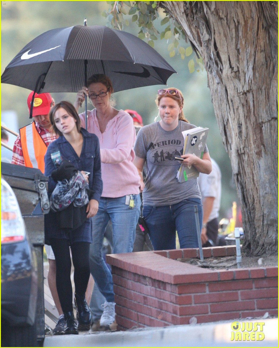 emma watson umbrella beauty 05