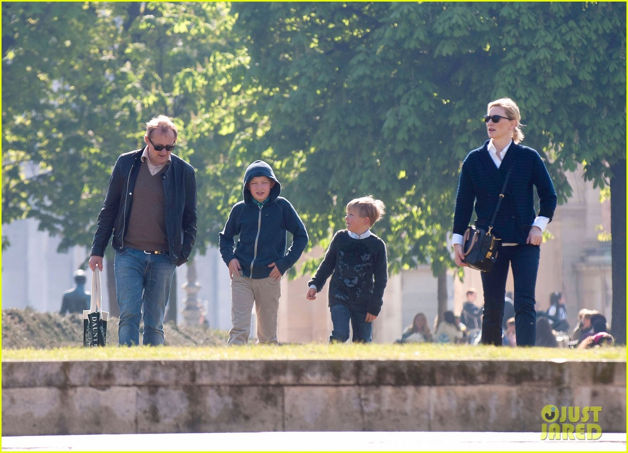 cate blanchett family time 022644836