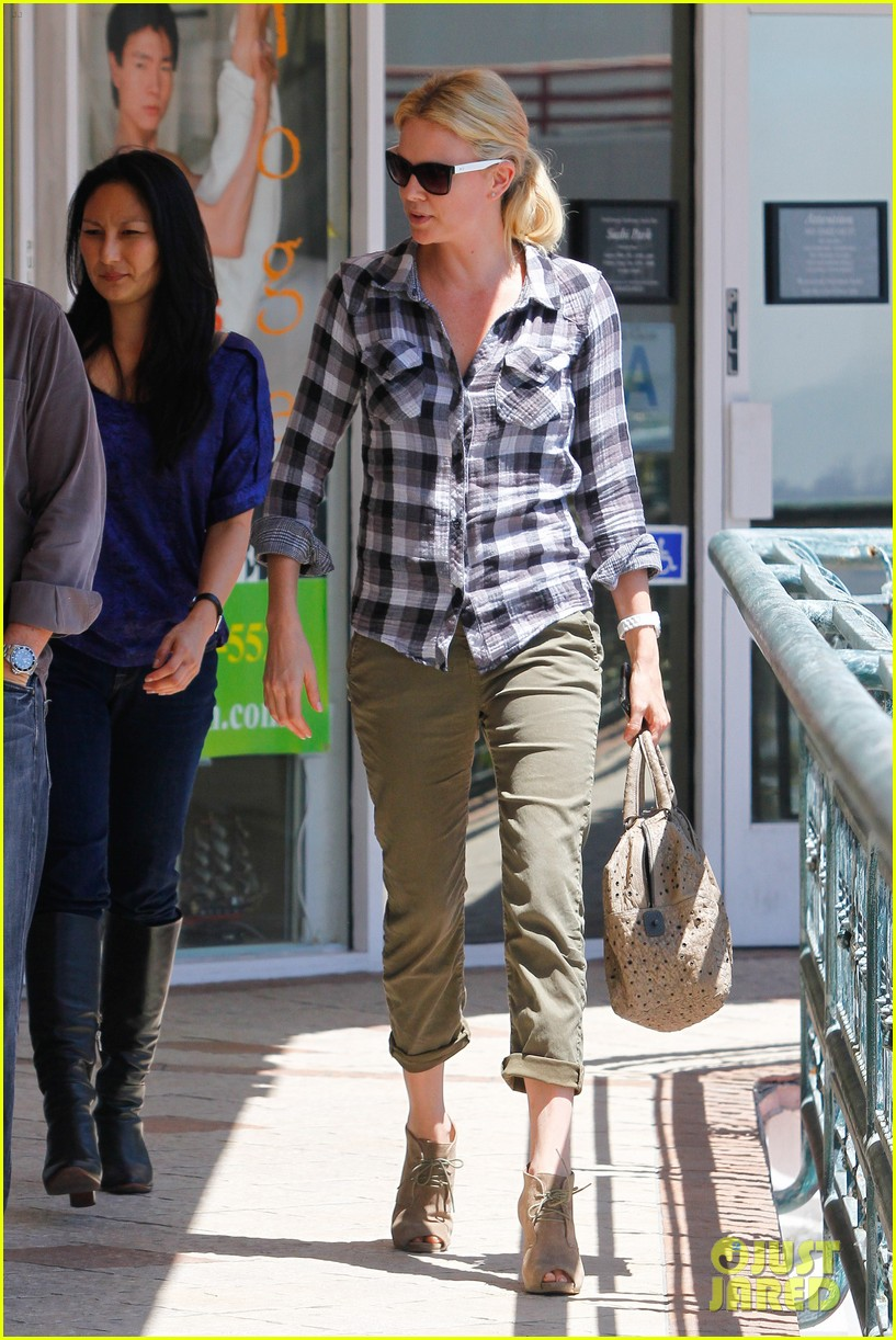 charlize theron sushi park 06