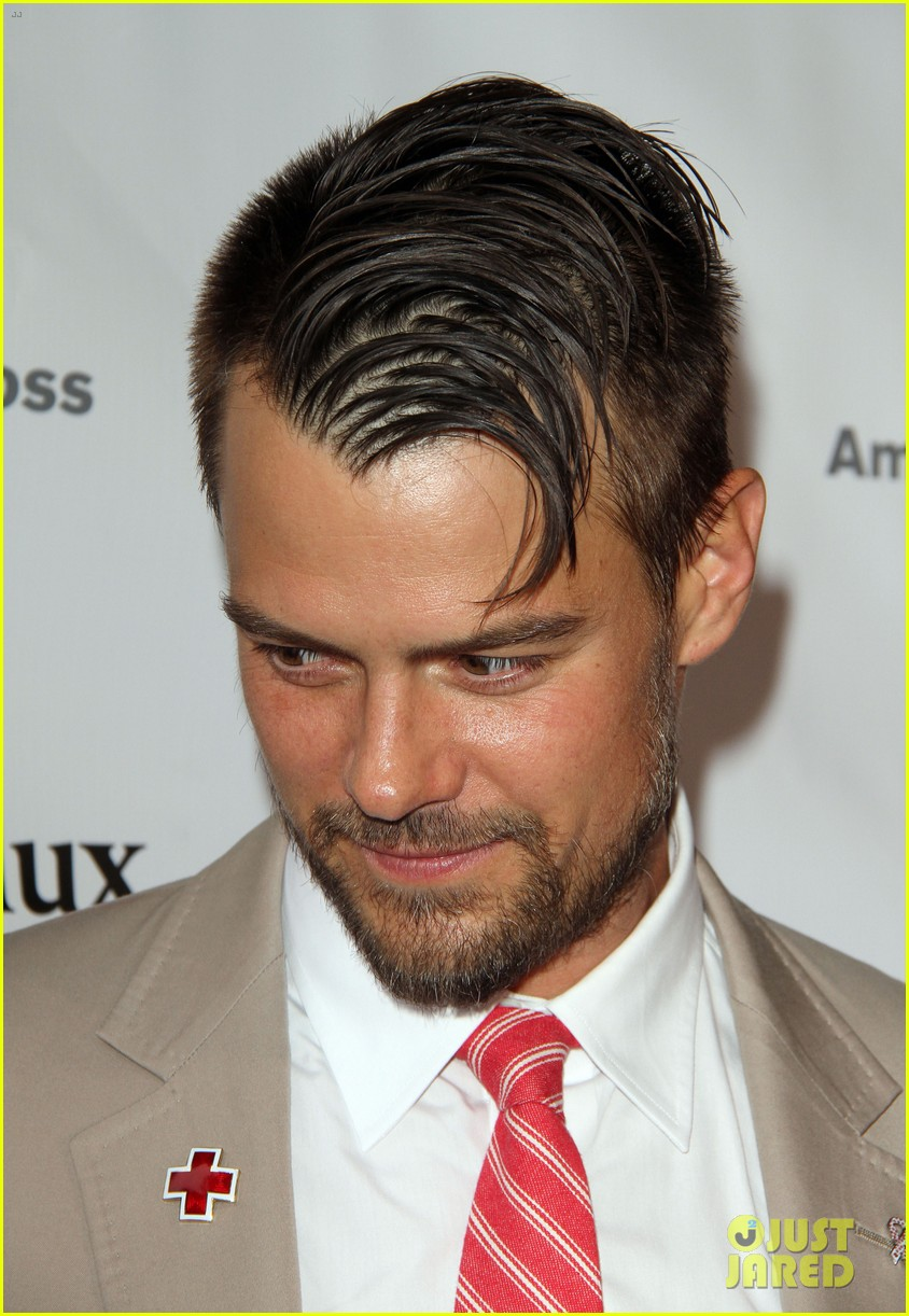 josh duhamel christa b allen red tie affair gala 08