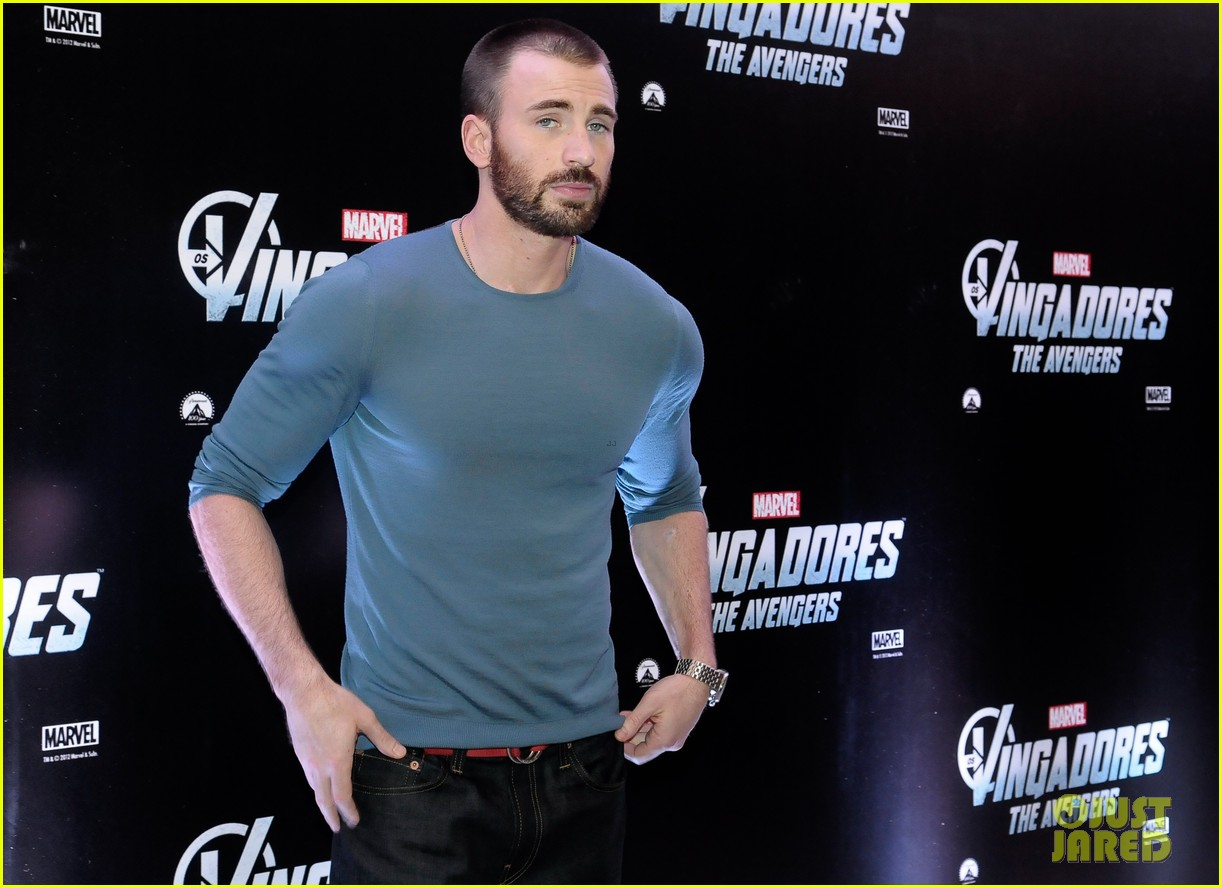 chris evans avengers 06