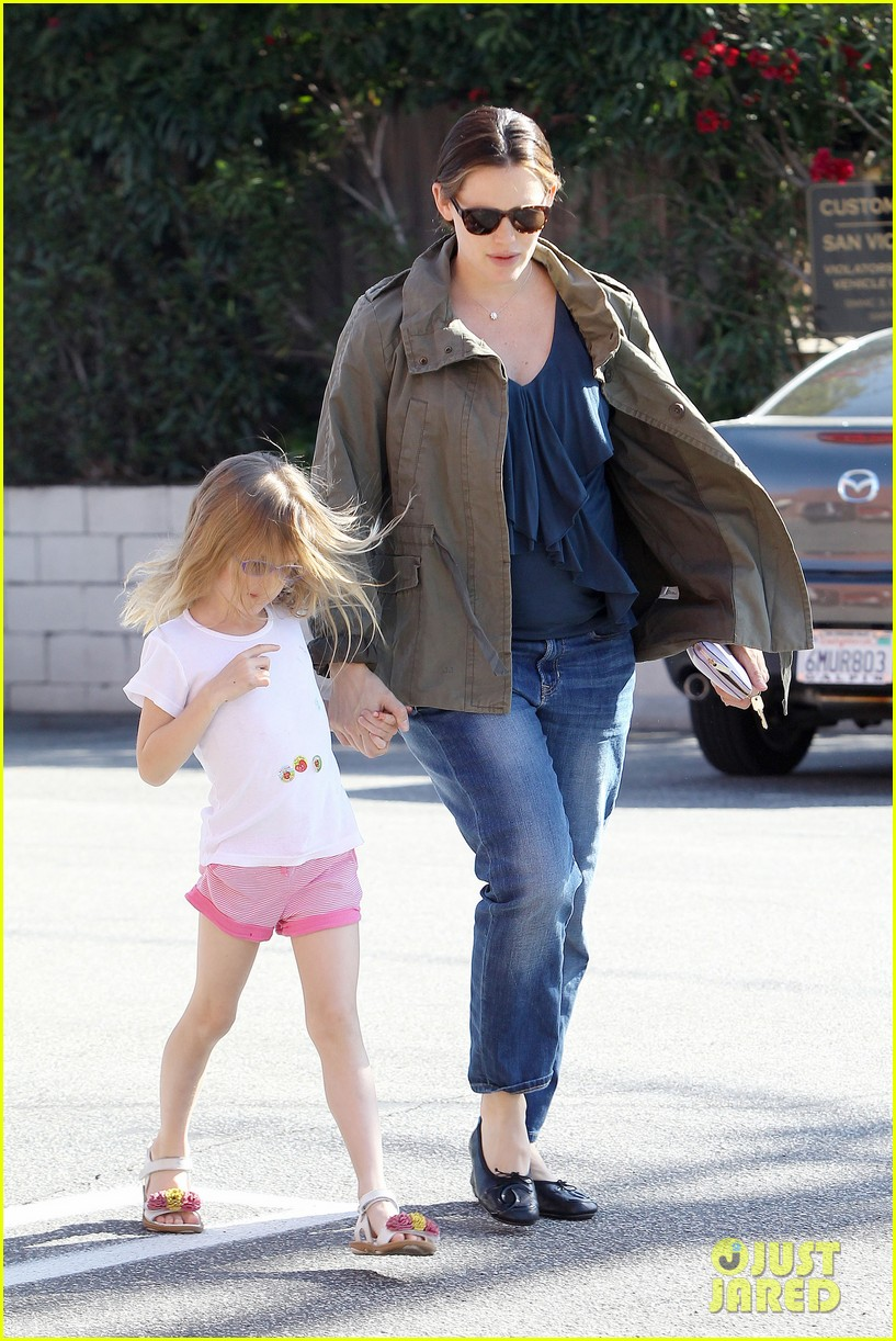 jennifer garner violet shoes 072644867