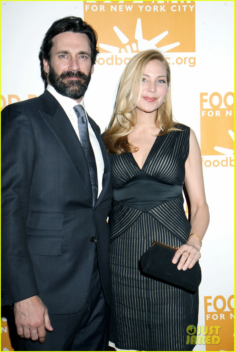 jon hamm scruffy beard can do awards 032650426