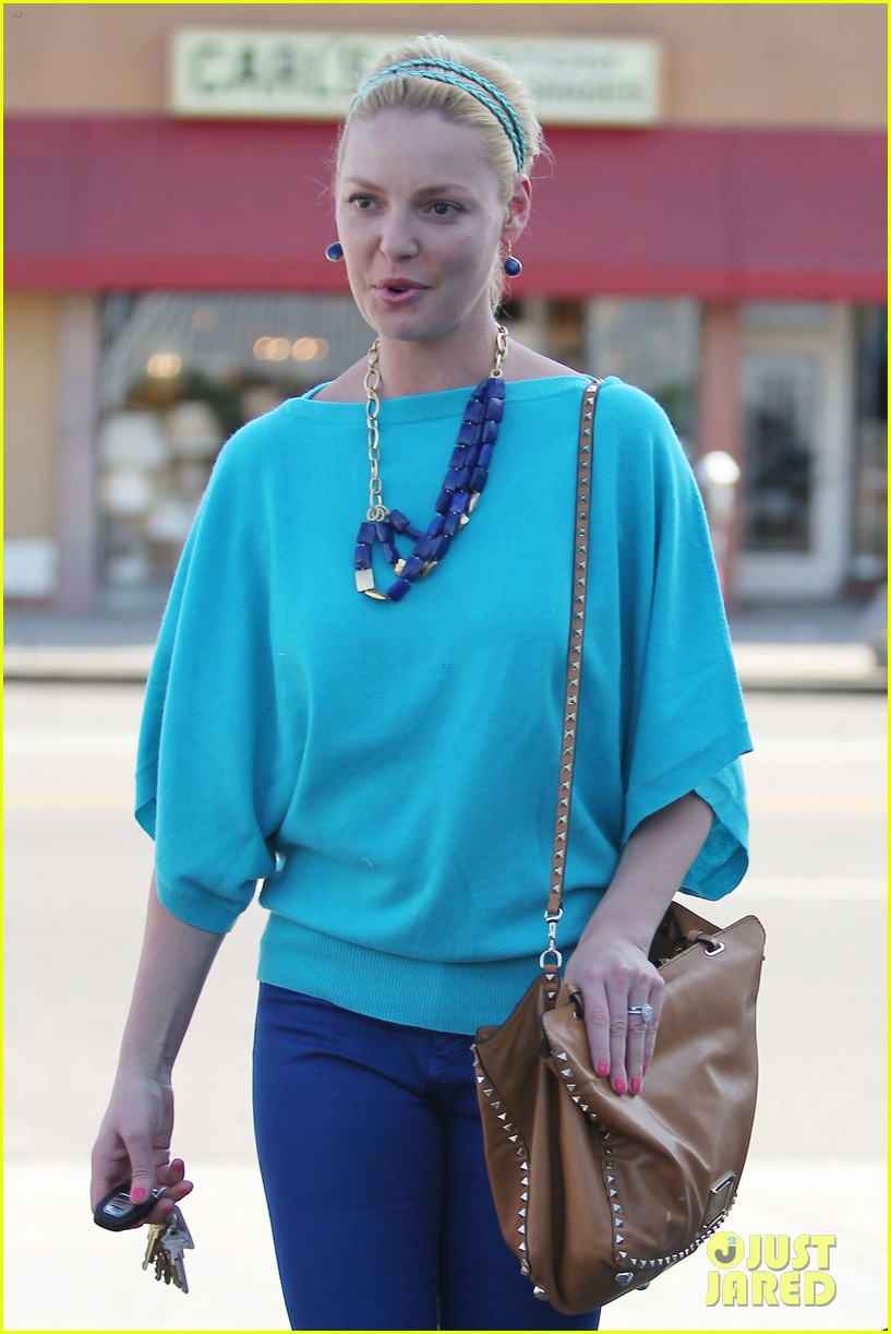 heigl shopping with mom 13