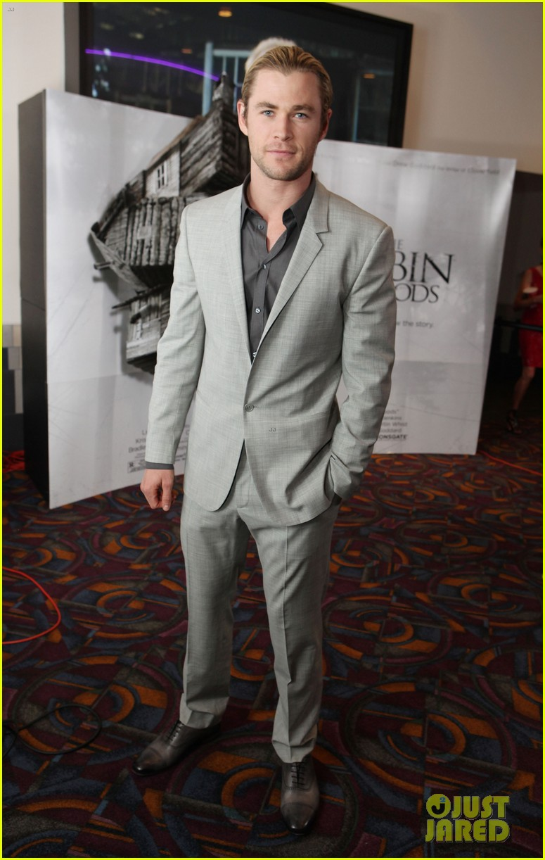 chris hemsworth cabin in the woods screening 01