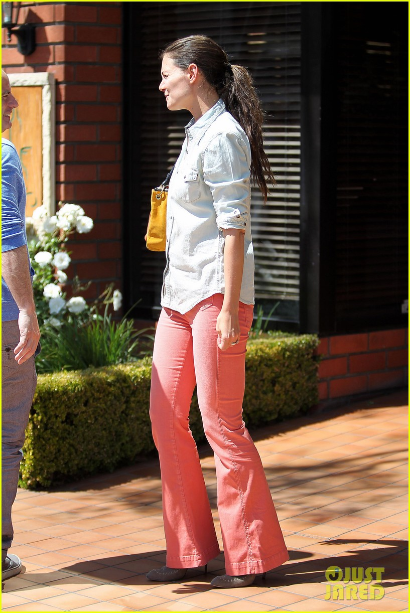 katie holmes toscana lunch 10