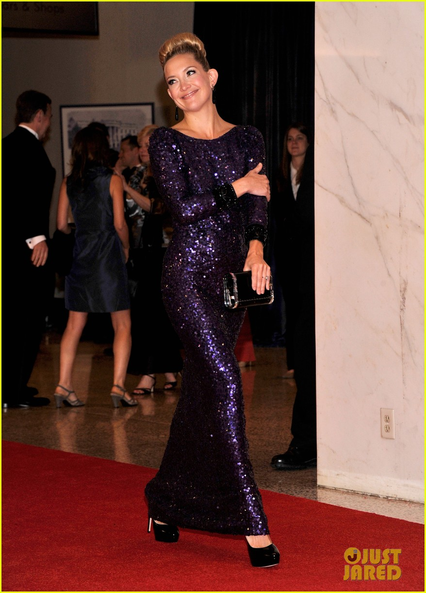 kate hudson white house correspondents dinner 03