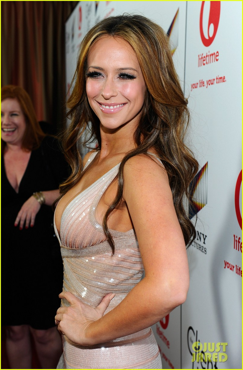 jennifer love hewitt adam levine 11