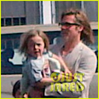 brad pitt angelina jolie engagement celebration vacation 012651360