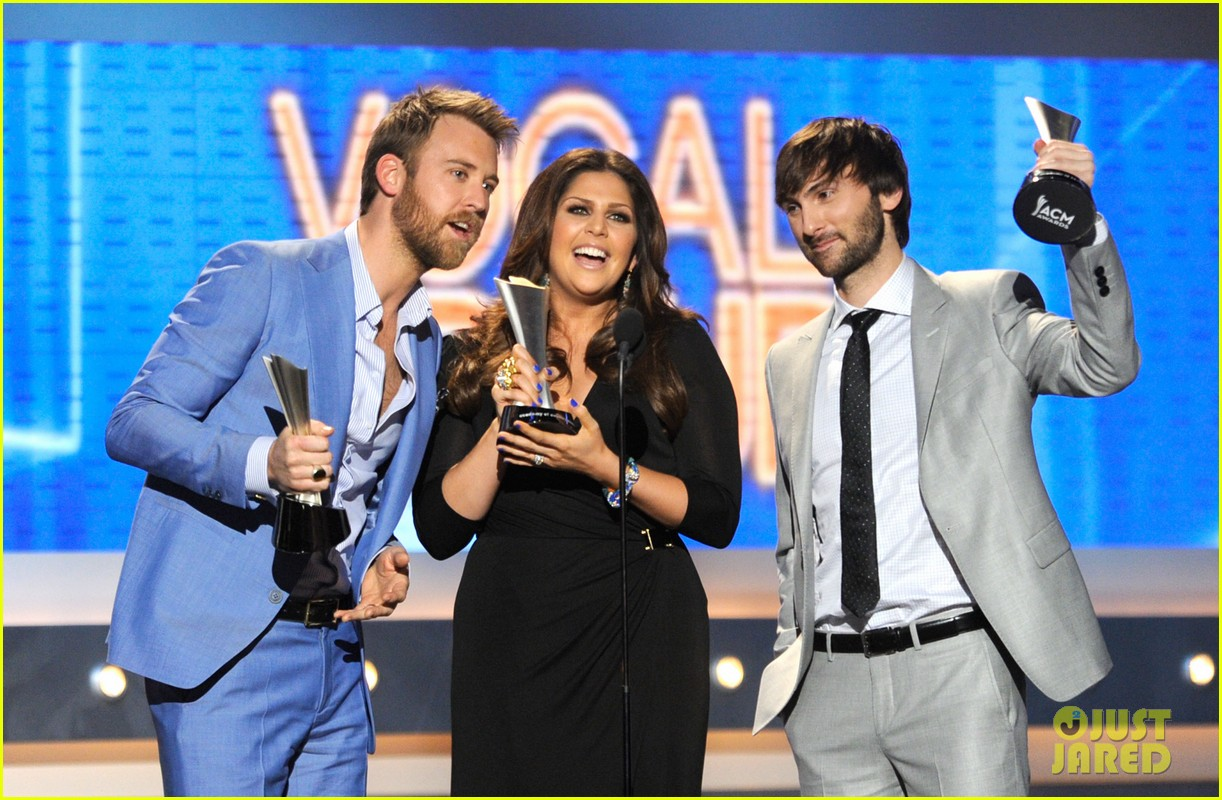 lady antebellum acm awards 03