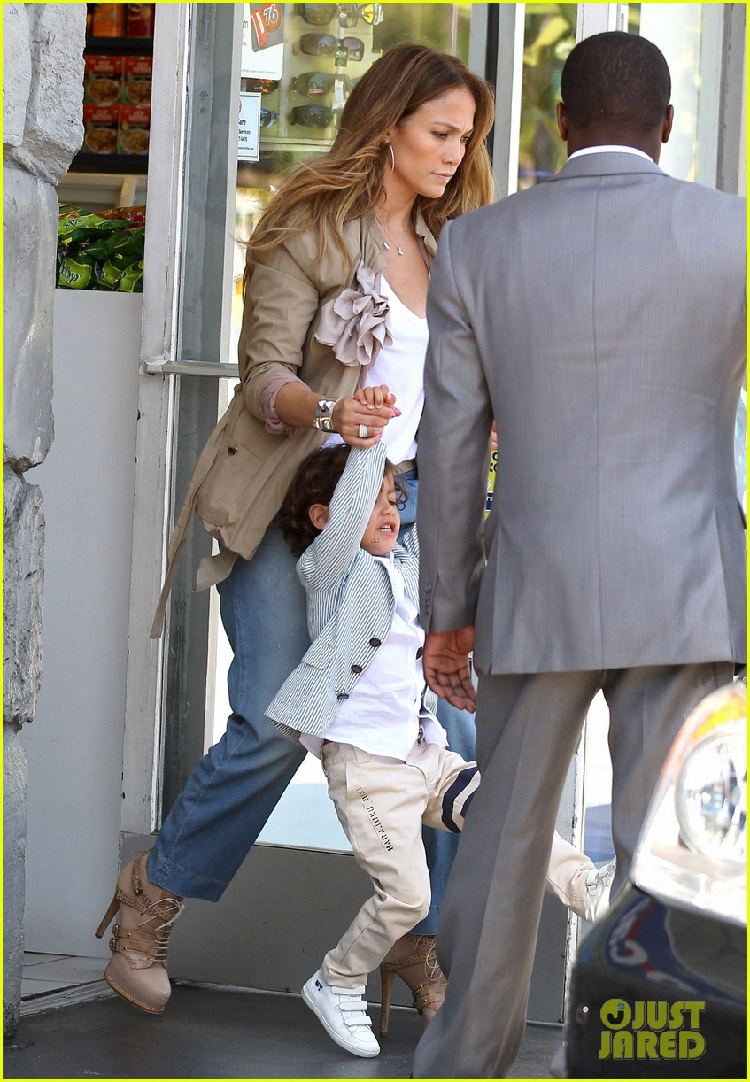 jennifer lopez and son 01