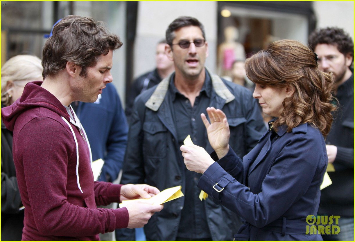 james marsden tina fey kiss on 30 rock set 052647143