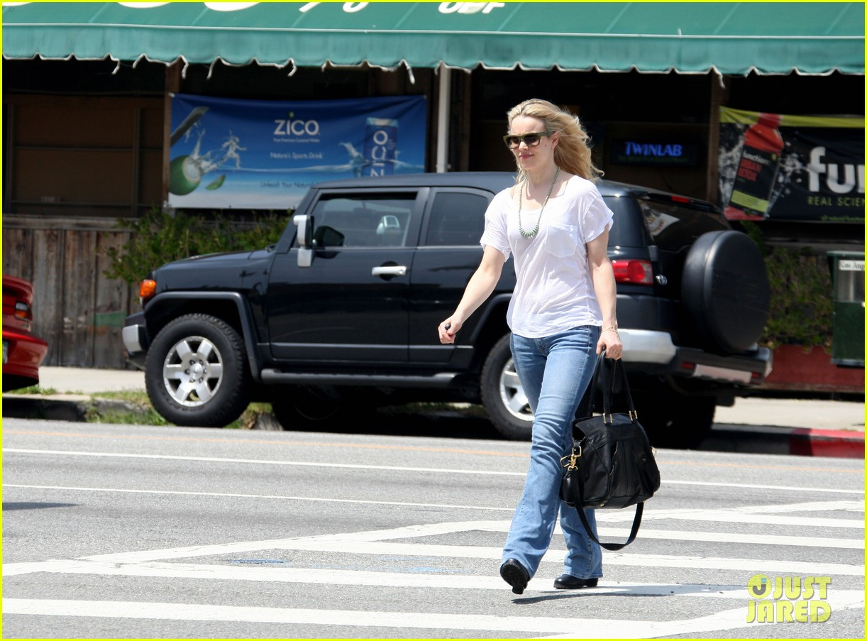 rachel mcadams haircut lunch 042651292