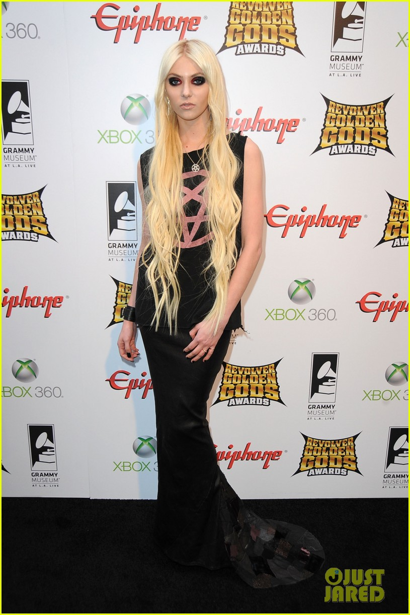 taylor momsen revolver golden gods awards 03
