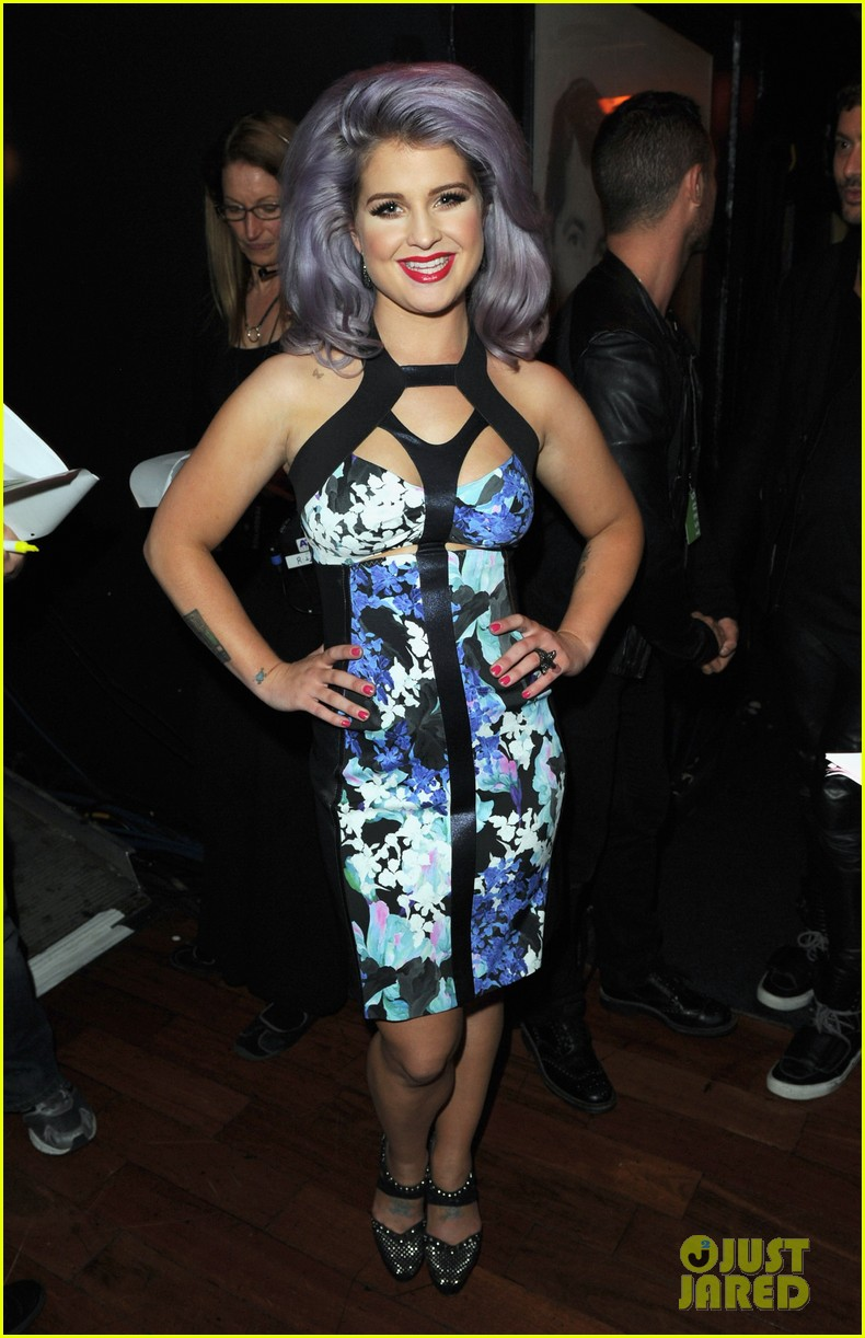 kelly osbourne logo newnownext awards 13