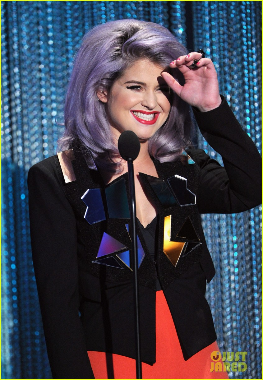 kelly osbourne logo newnownext awards 222645938