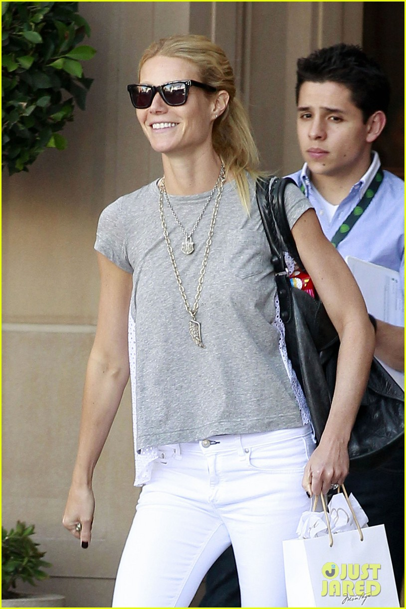 gwyneth paltrow avengers lunch 03