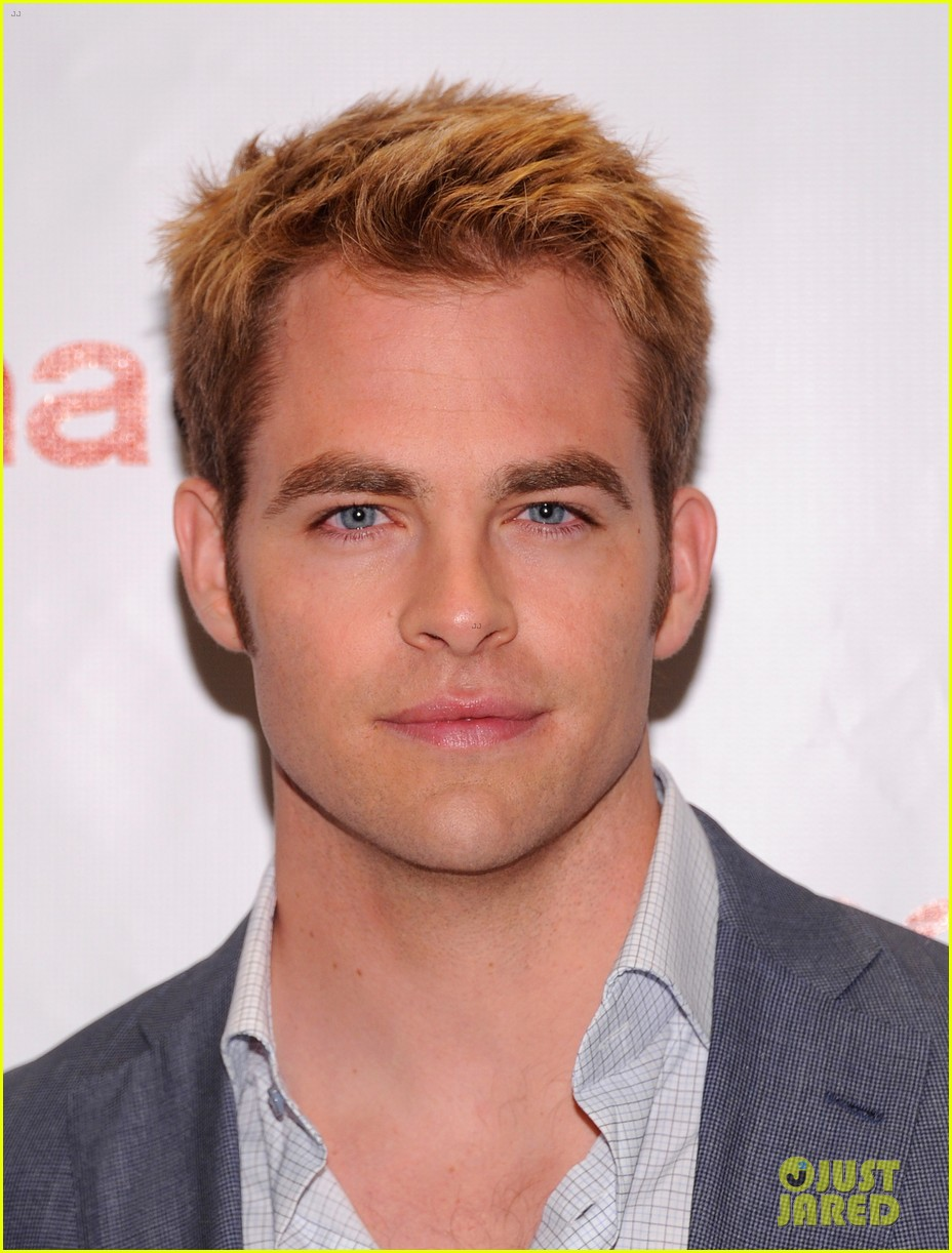 chris pine adrianne palicki cinemacon awards 2012 03
