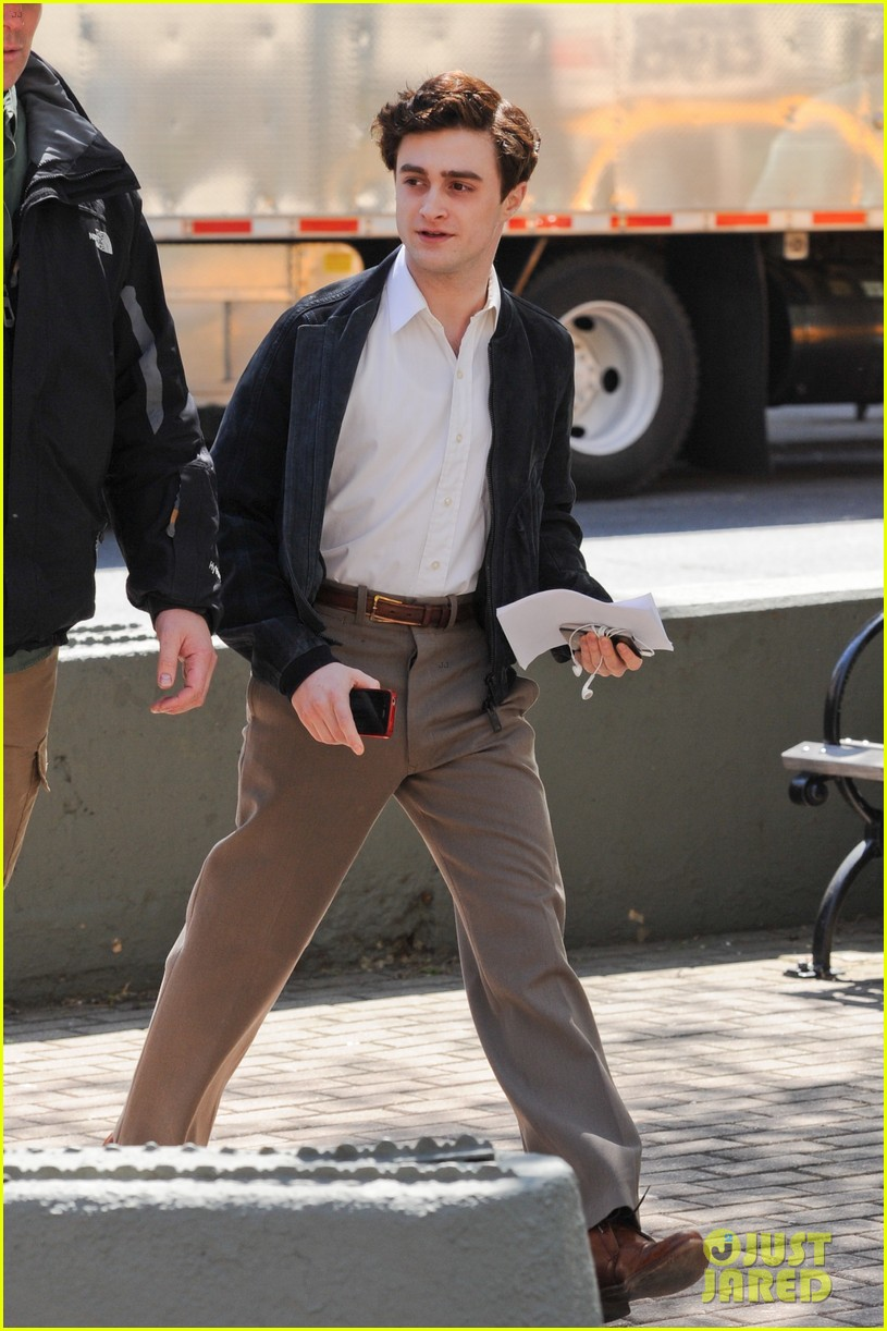 daniel radcliffe kill your darlings nyc set 05