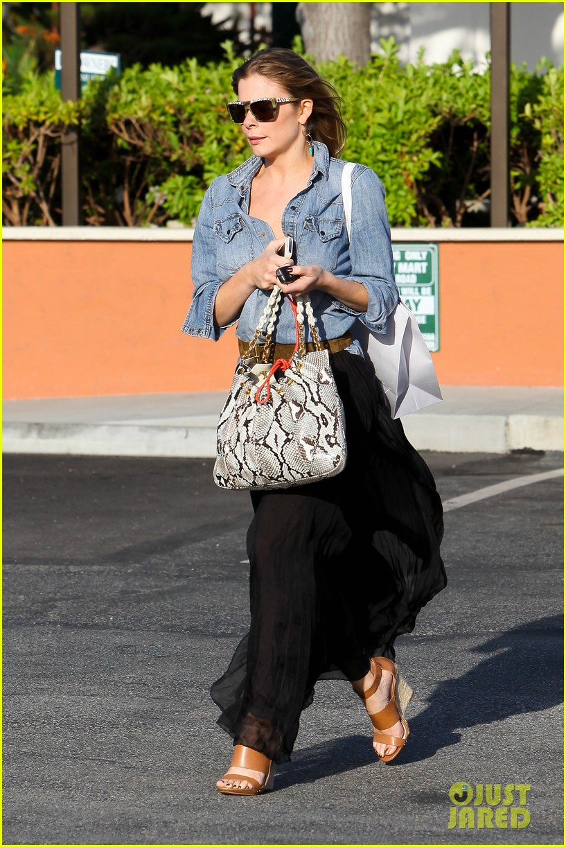 leann rimes shopping intermix 02