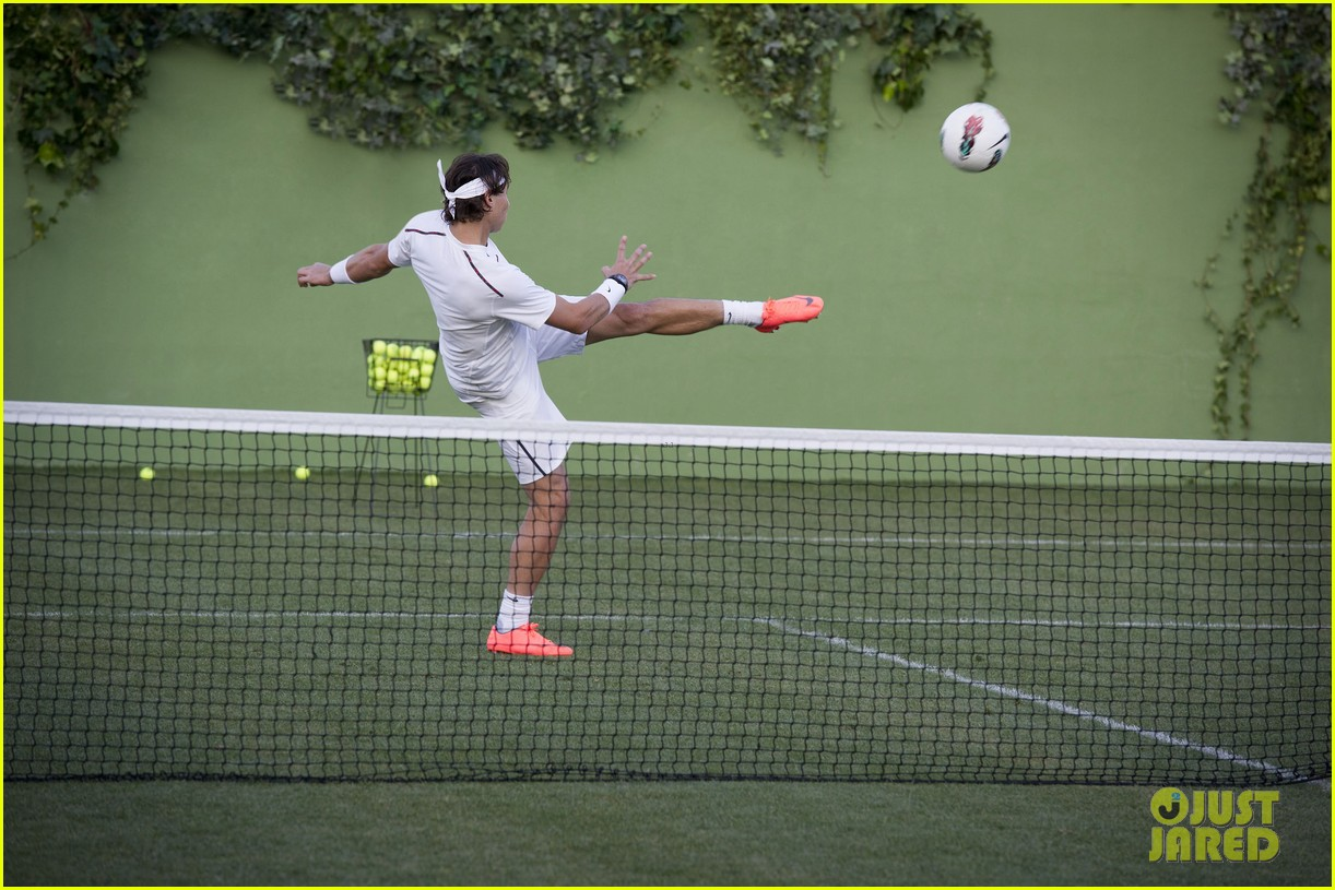 cristiano ronaldo rafael nadal battle it out for nike 09
