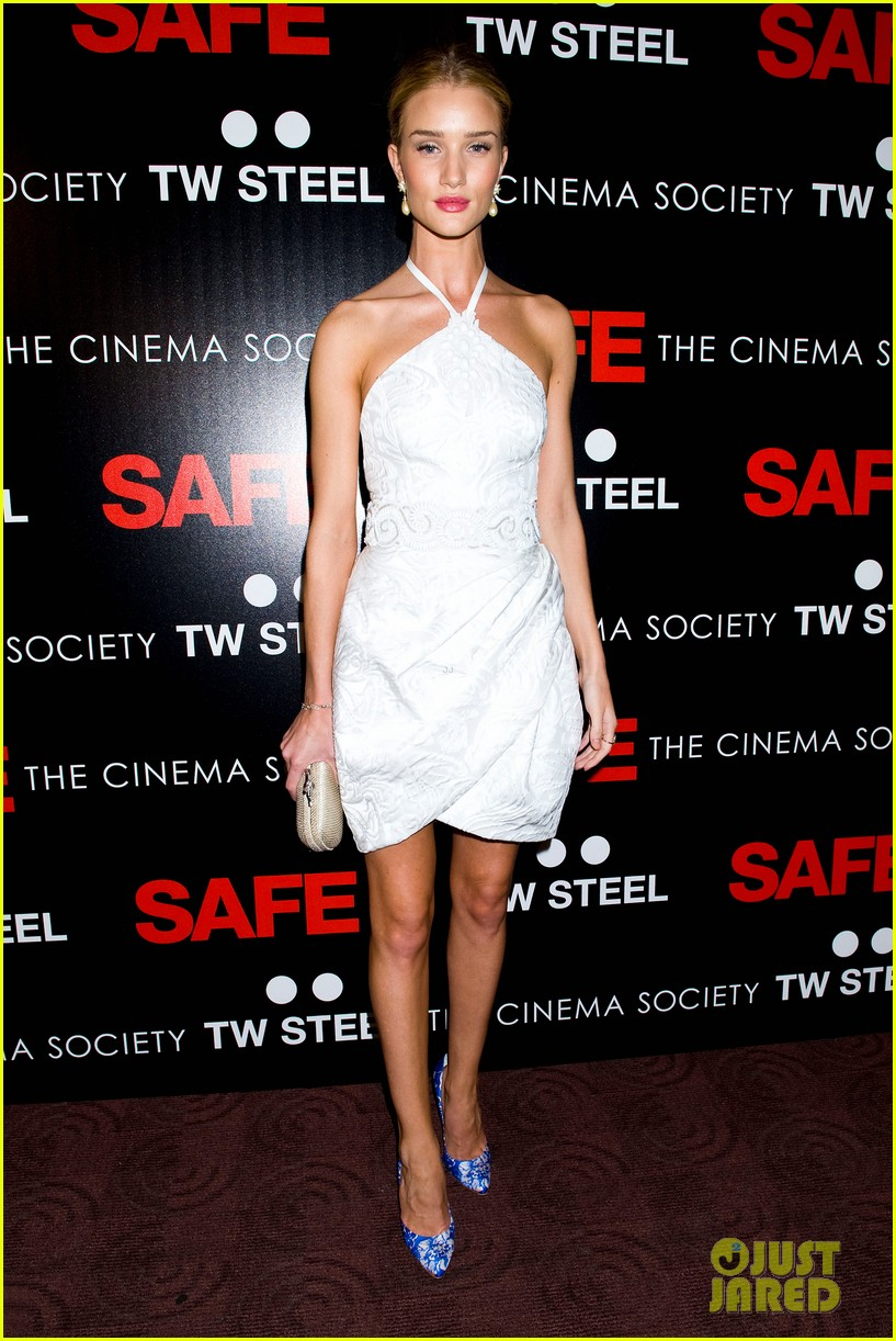 rosie huntington whiteley safe premiere jason statham 18