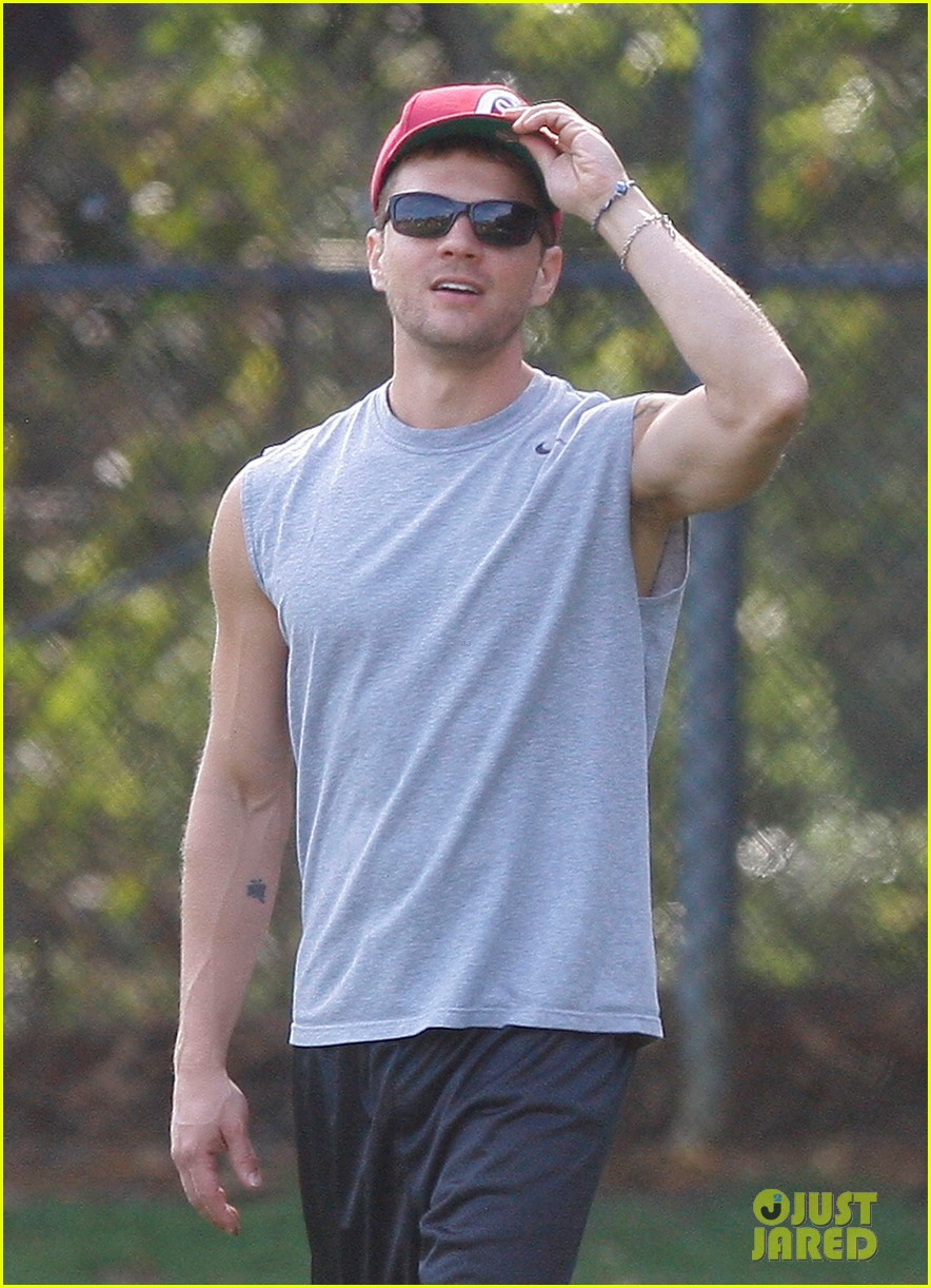 ryan phillippe glad football deacon 06