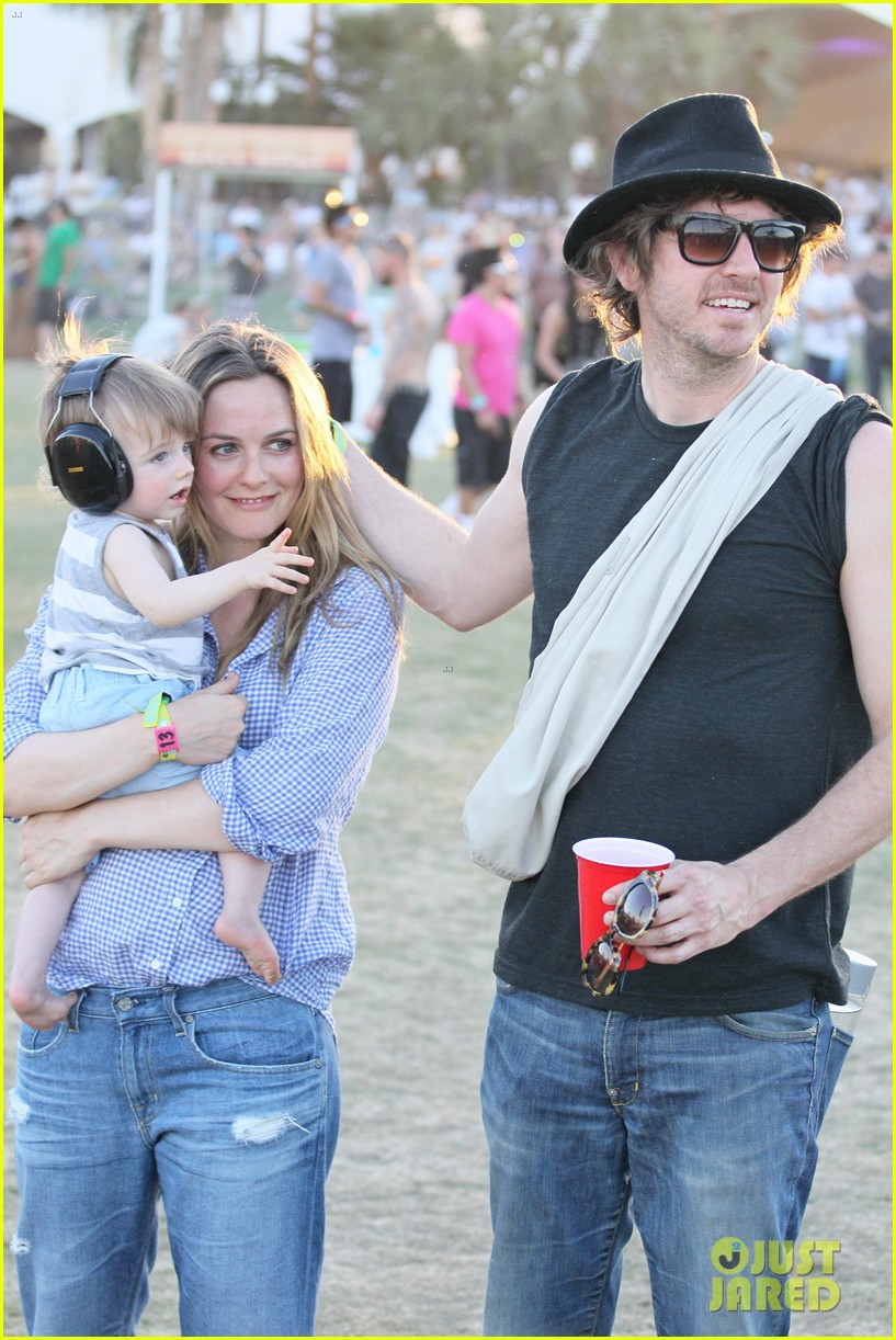 alicia silverstone brings baby bear to coachella 06