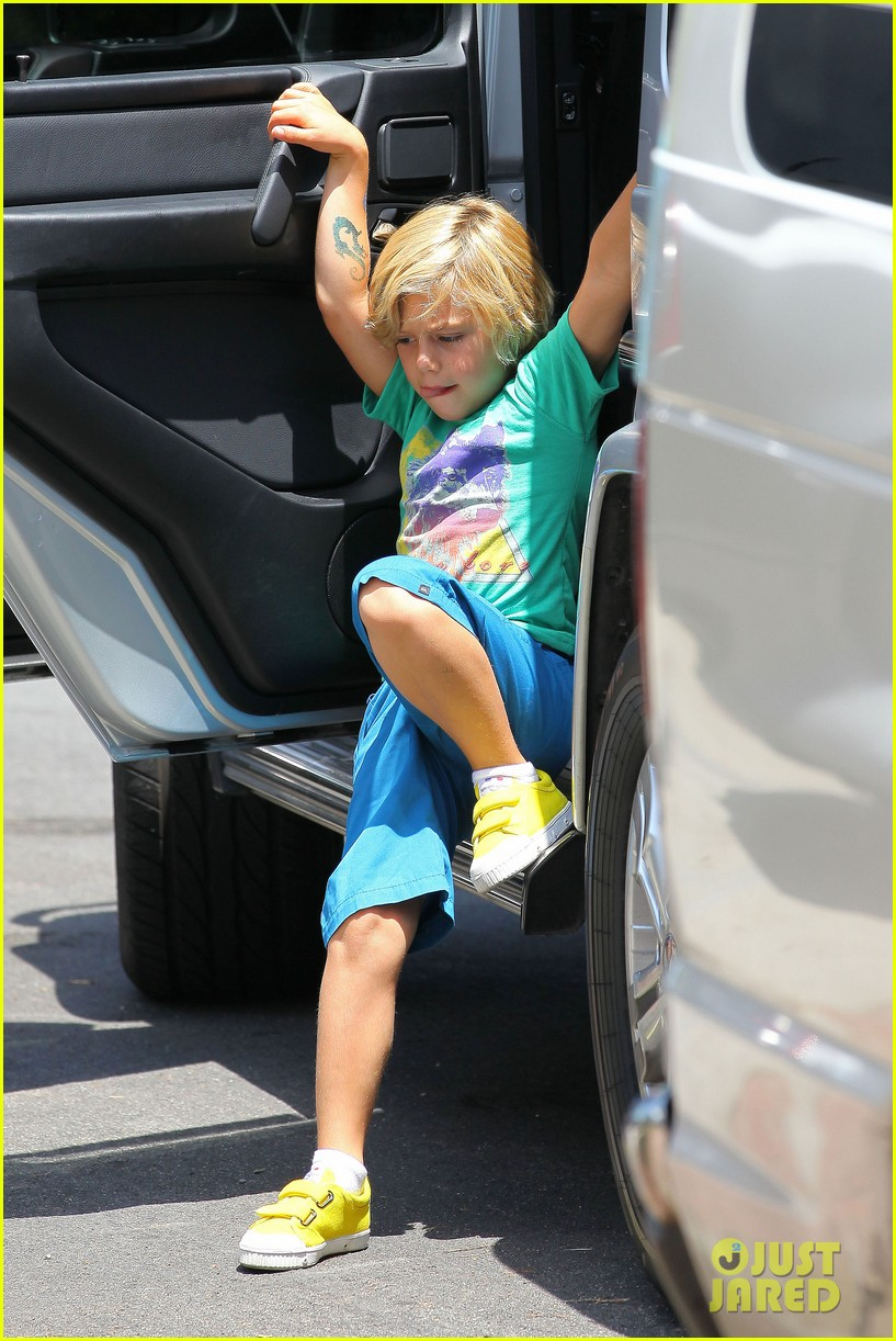 gwen stefani boys family 16