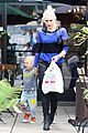gwen stefani chris pine milk bookies story time 12