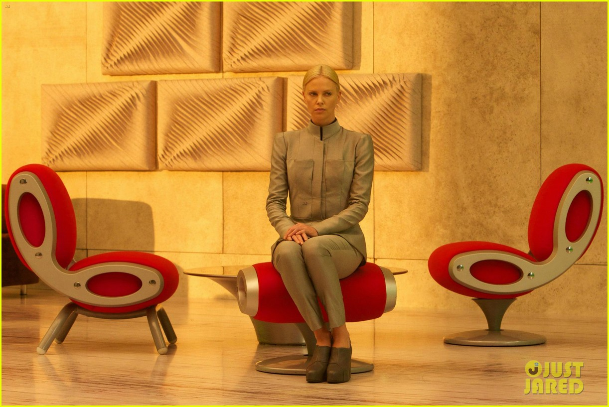 charlize theron new prometheus stills 042648397