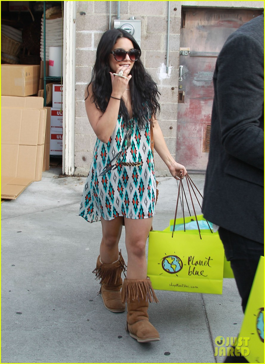 vanessa and austin shop 05