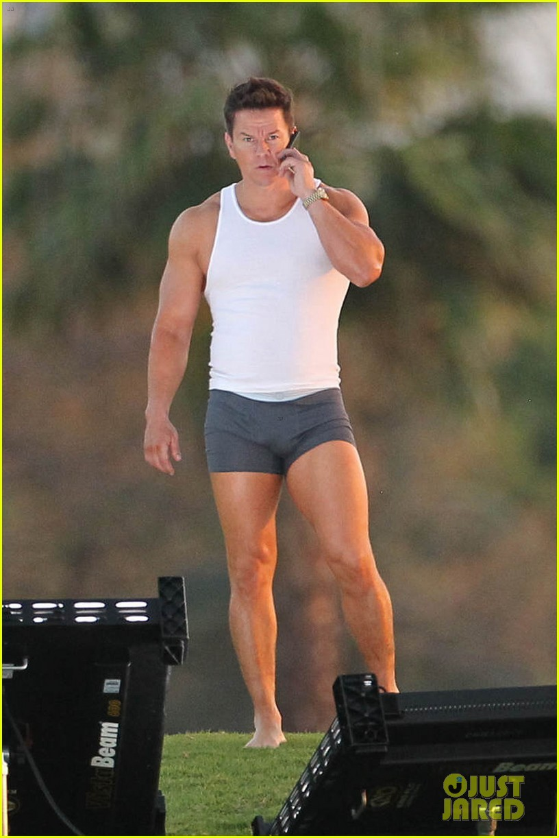mark wahlberg in underwear for pain gain 092650474