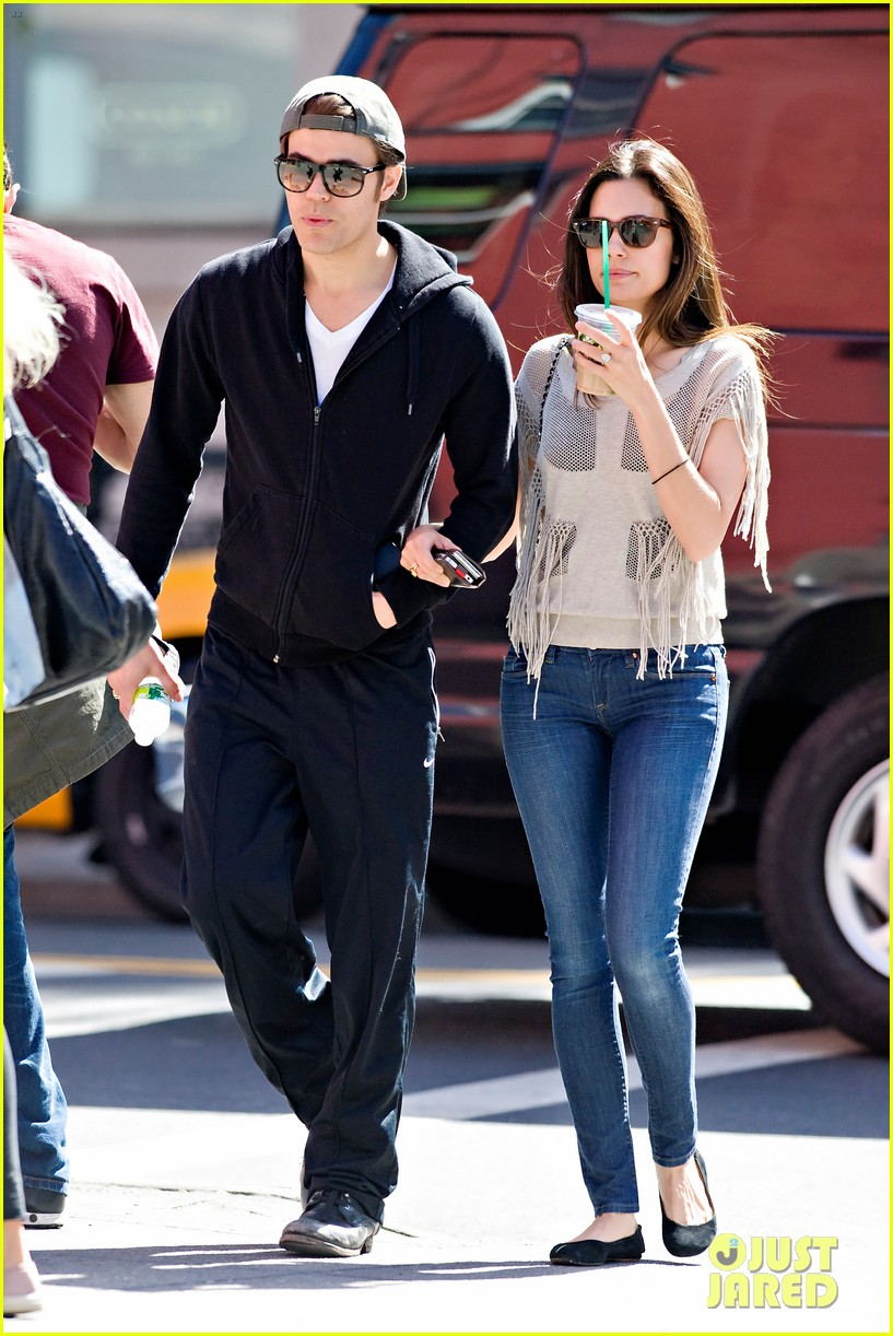 paul wesley nyc stroll with torrey devitto 05